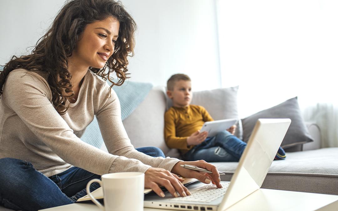 Consigli per lo smart working in famiglia