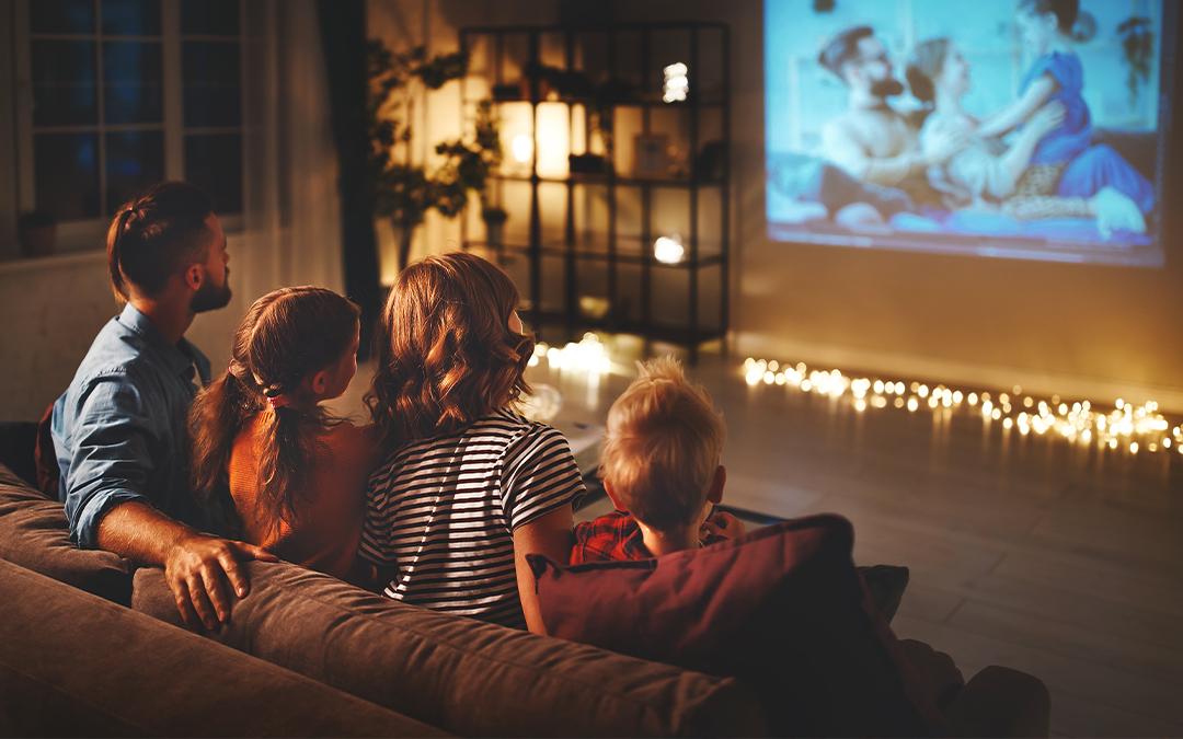 Guardare film e serie tv insieme ai bambini